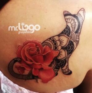 gato mandala flor